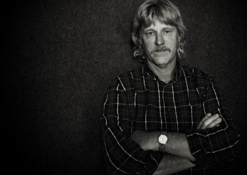 "Richard Bennett Releases Single ""Wichita Lineman"" in Tribute to Glen Campbell"