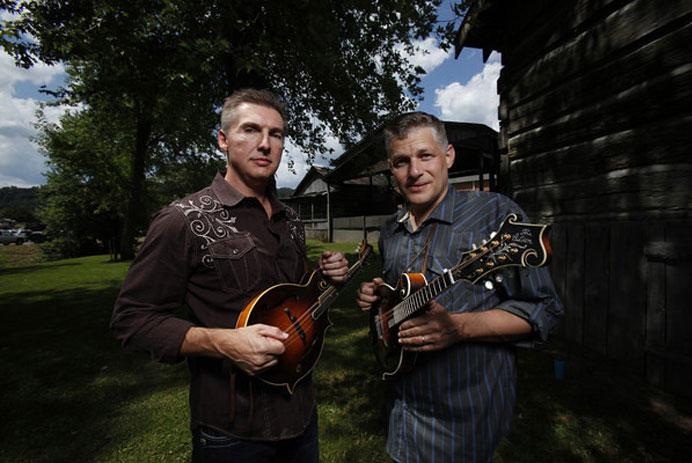Pinecastle Artists Alan Bibey and Wayne Benson